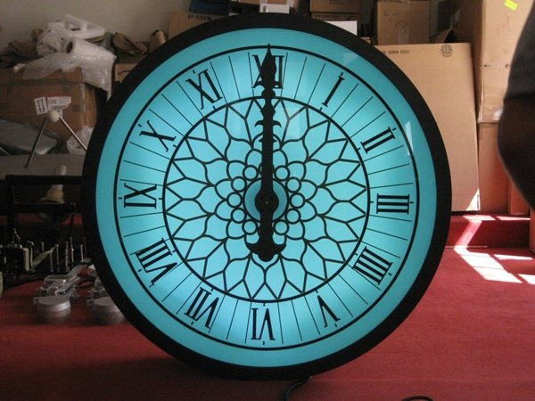 Veined custom tower clock